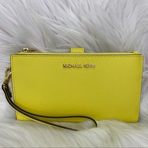 💛Michael Kors💛Double Zip Wristlet / Wallet